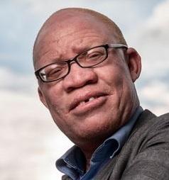 (Nederlands) Tanzaniaanse Albino-activist Josephat Torner overleden